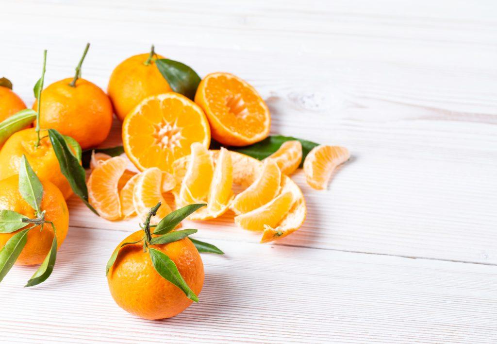 oranges displayed nicely
